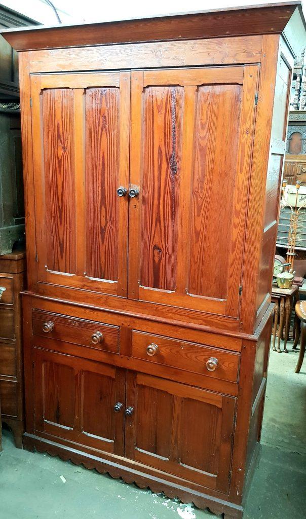 Antique Bedroom Furniture, Vintage Bedroom Furniture -